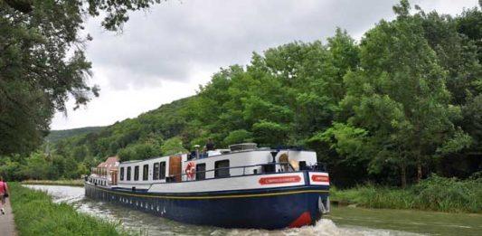 Cruising through Burgundy on a Luxury Hotel Barge