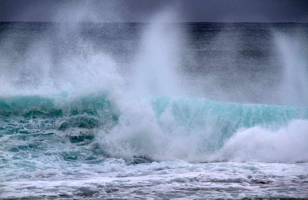 Many people have died at Hanakapiʻai Beach. Photo by Flickr/Tony Hisgett