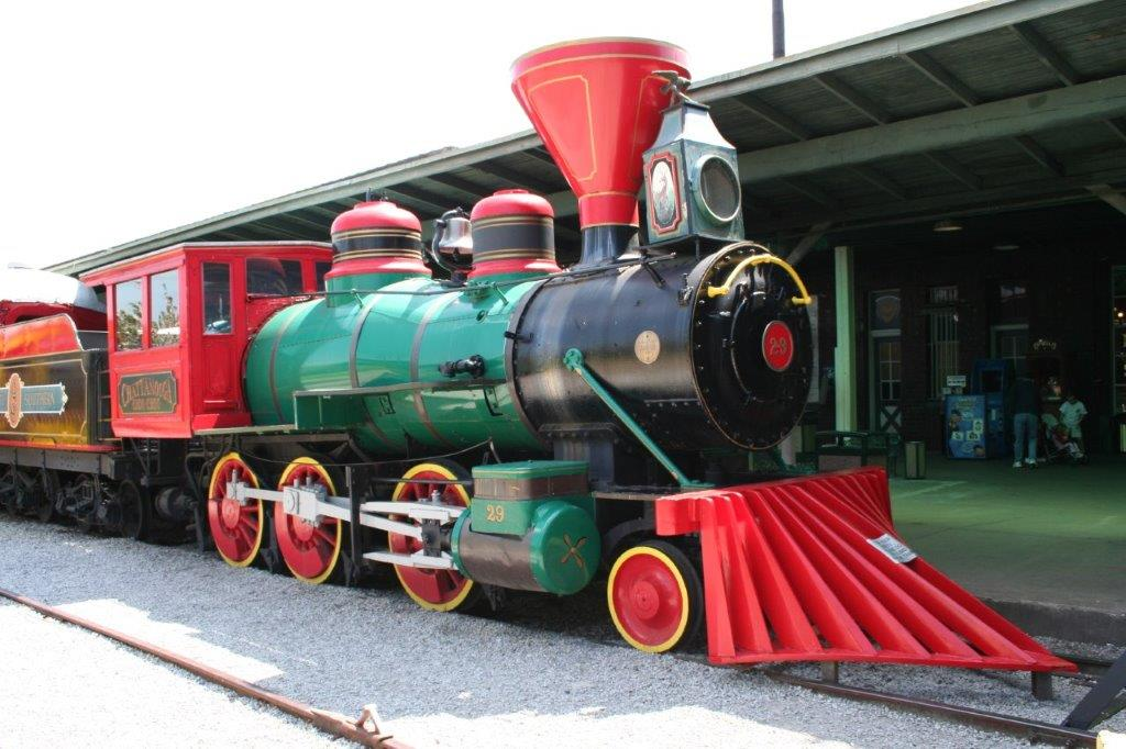 The Chattanooga Choo Choo Enginge. Photo by Chattanooga Choo Choo Hotel