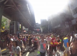 Silom water fight