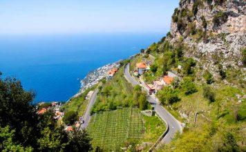 Road trip along Amalfi Coast in Italy. Tomasz Guzowski/Dreamstime.com