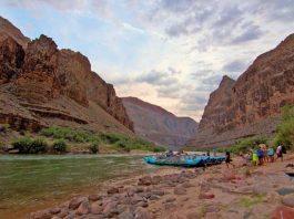 Rafting through the Grand Canyon in Arizona. Flickr/Robert Raines
