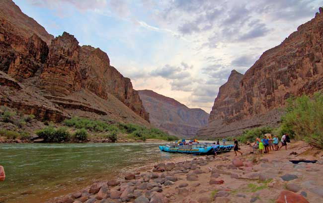 Rafting through the Grand Canyon in Arizona. Flickr/Robert Raines