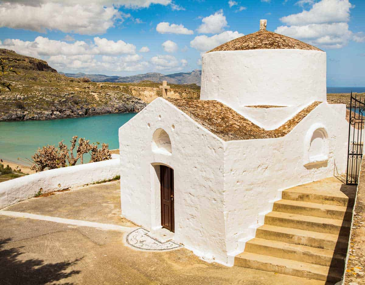 Travel in Rhodes, Greece: What to See and Do on This Popular Island