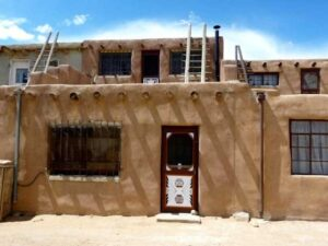 Acoma Pueblo: Living History of Ancient Culture in New Mexico
