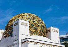 The Secession Building's dome consists of 3,000 gold-plated iron leaves that have been freshly regilded. (Photo credit: WienTourismus-Christian Stemper)