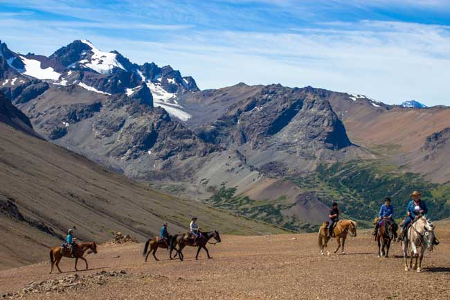 Horseback Riding in the Chilcotin Mountains of British Columbia. Photo by Tsylos Lodge.