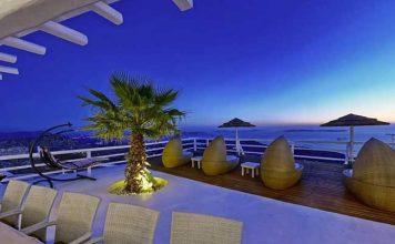 Villa Perla is a luxury villa in Mykonos, Greece.