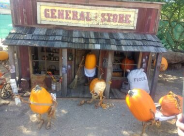Carefree Enchanted Pumpkin Garden General Store