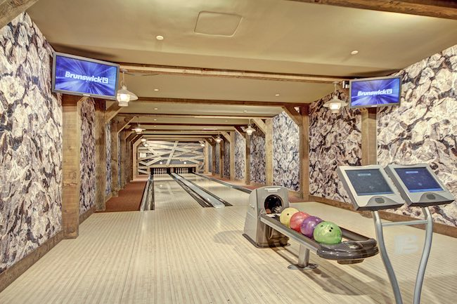 Two-lane bowling alley made to look like a mine shaft, referencing the heritage of Breckenridge. Photo courtesy of Breckenridge Ski Resort