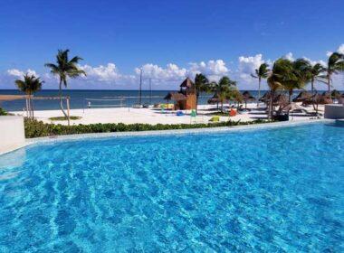 Pool at Fairmont Mayakoba, Riviera Maya. Photo by Carrie Dow