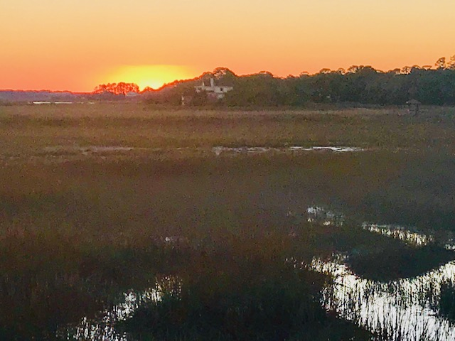 A great view of the sunset while you eat your Oysters in peace.