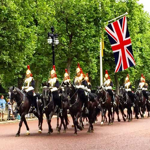 Horse guards parading from Hyde Park. Photo by Rich Grant
