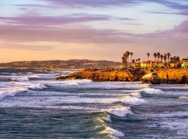 Sunset cliffs in San Diego, California