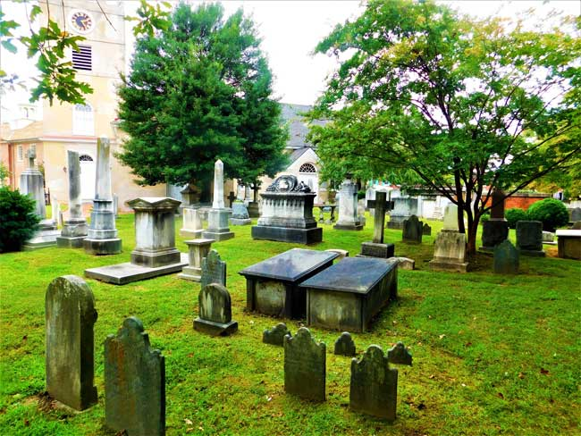 Cemetery at Imman Church in New Castle, Delaware. Photo by Fyllis Hockman