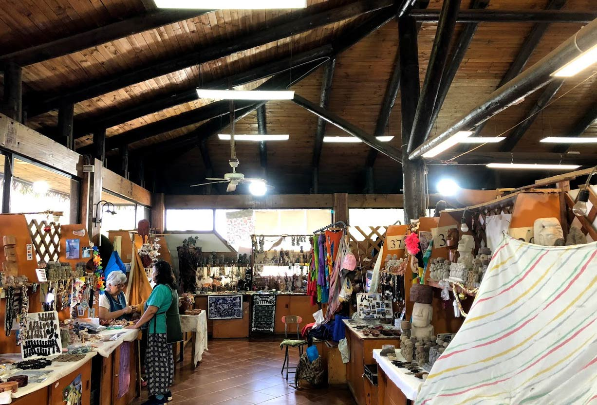 Mercado Artesanal is an artists market on Easter Island. Photo by Kim Foley MacKinnon