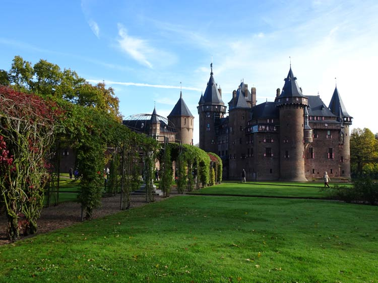 De Haar Castle in Utrecht has host many lavish parties and was even the film location of several movies. Photo by Janna Graber