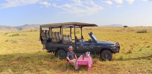 Safari Breakfast in the Masai Mara