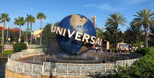 To make the most of your Wizarding World of Harry Potter day, you will need park tickets to both Universal Studios Florida and Islands of Adventure. Photo: Liana Moore/ Insider Families
