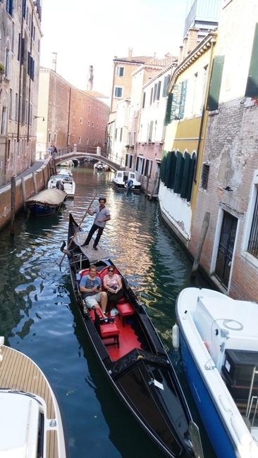 THE FAMOUS CANALS AND GONDOLAS OF VENICE. PHOTO BY FYLLIS HOCKMAN