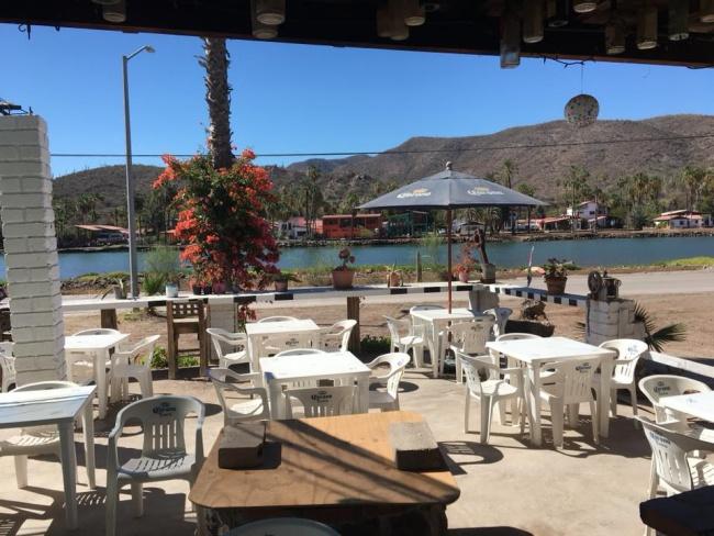 Carlos racing bar-mulege-baja california sur-mexico-roadtrip