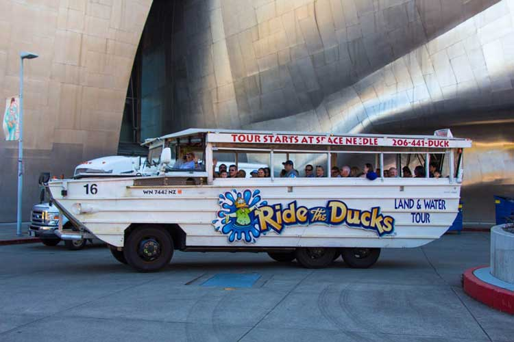 Duck boat tours in Seattle
