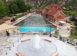 Glenwood Hot Springs Pool. Photo by Claudia Carbone
