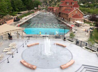 Glenwood Hot Springs Pool. Photo by Claudia Carbone