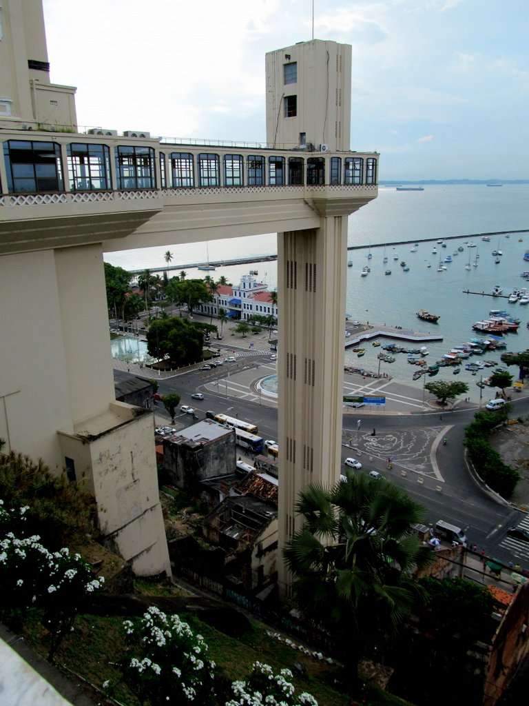 JPGThe first port of call in Brazil, the center of Afro-Brazilian culture, Salvador de Bahia, is divided into the coastal area and a thriving city atop the mountain. An elevator carries residents and tourists from bottom to top. Photo by Carol L. Bowman