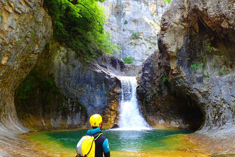 Canyoning-in-Huesca-©-Julen-Setien