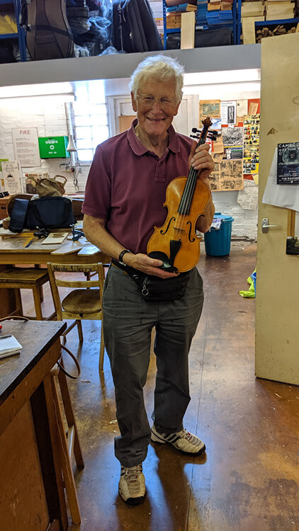 Antoni and violin
