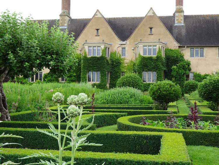 Mallory Court Country House Hotel & Spa. Photo by Janna Graber