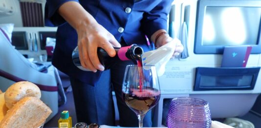 Fine Dining at 40,000 Feet – Air Italy's Business Class Meal Service