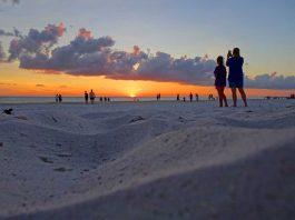 Bradenton Beach on Anna Maria Island. Photo by Janna Graber