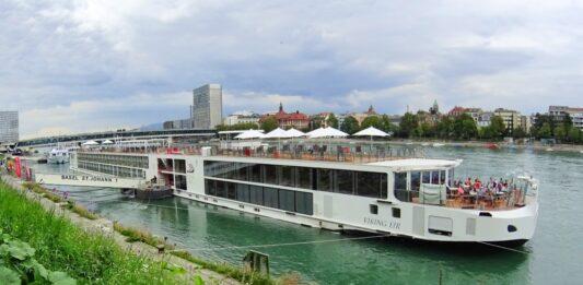 Full River Cruise Ship Tour – Viking Eir