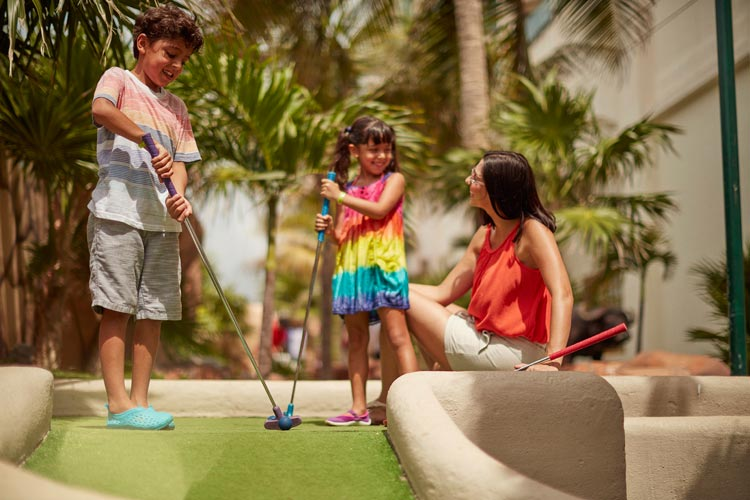 Mini Golf at Seadust Family Resort