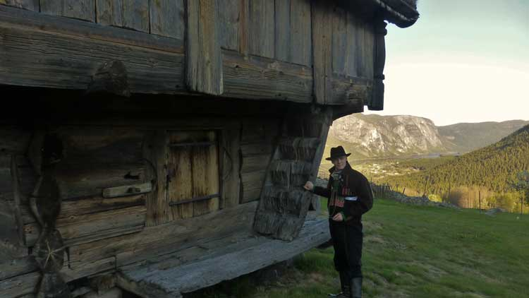 A 17th-century storage house like this is commonplace in Valle, Norway. Photo by Håkon Netskar