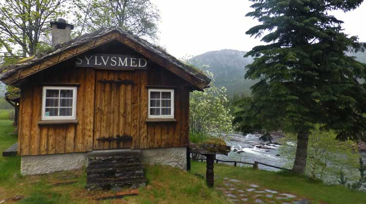 The architecture in Valle is eye-catching and distinctly Norwegian. The wooden houses of Sylvarun are used for folk music and silversmithing during the summer. Photo by Håkon Netskar