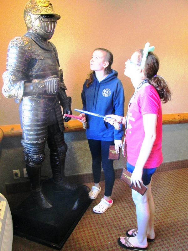 The life-size knight at Great Wolf Lodge is one of many fun distractions. Photo by Fyllis Hockman