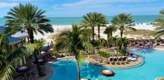 Amuse Your Senses at Clearwater, Florida's Sandpearl Resort and Belleview Inn
