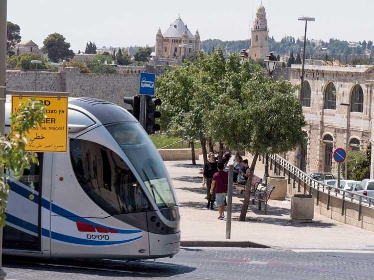 Light rail transportation in Jerusalem