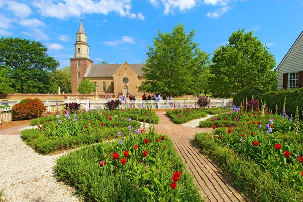 The lovely garden at the Bruton Parish Church in Colonial Williamsburg, Virginia. Photo by Sgoodwin4813/Dreamstime.com