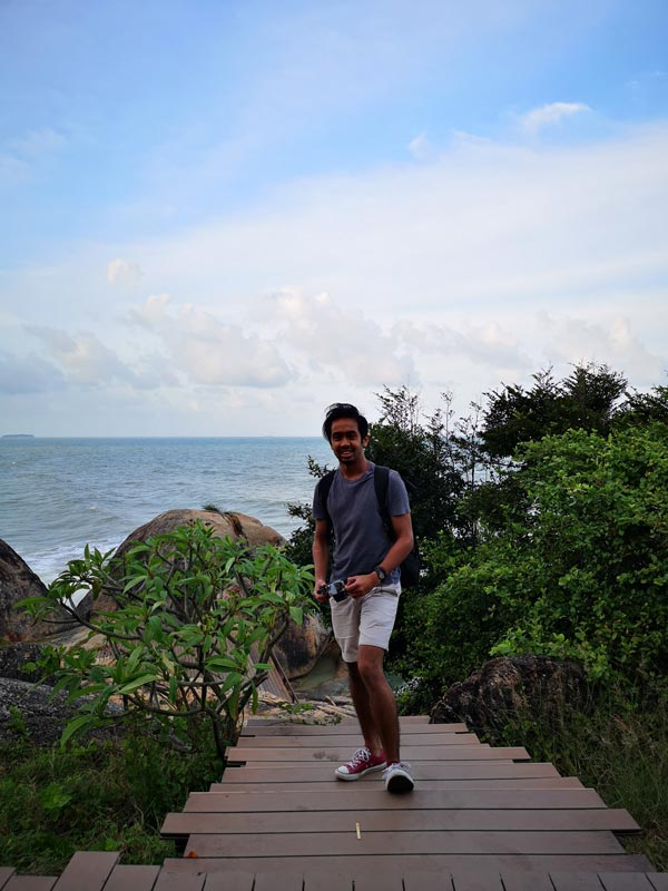 Author/photographer Fad Sheik on the Khao Kao Saen boardwalk