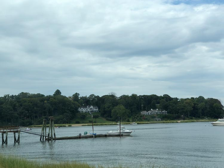 Mansions across the waters of the Long Island Sound