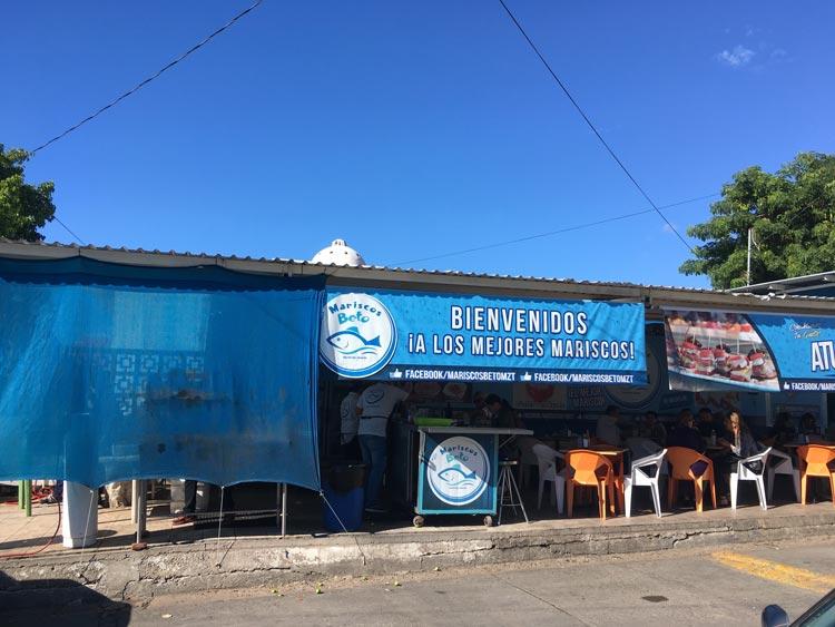 Mariscos Beto's sidewalk seafood in Mazatlan, Mexico