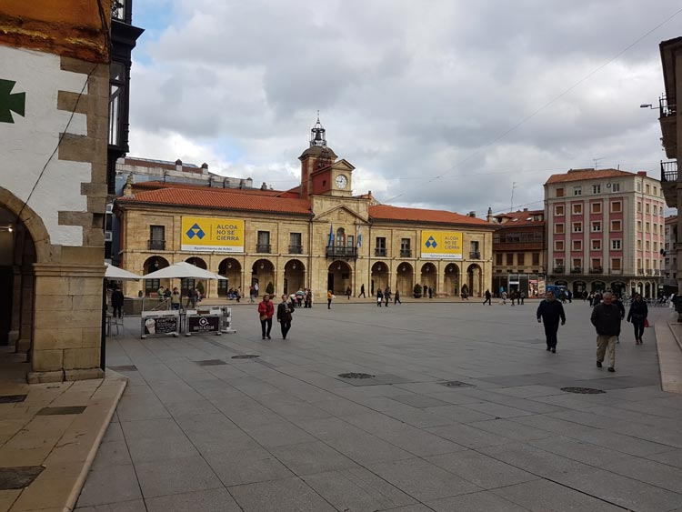 Plaza Espana and the Town Hall Aviles