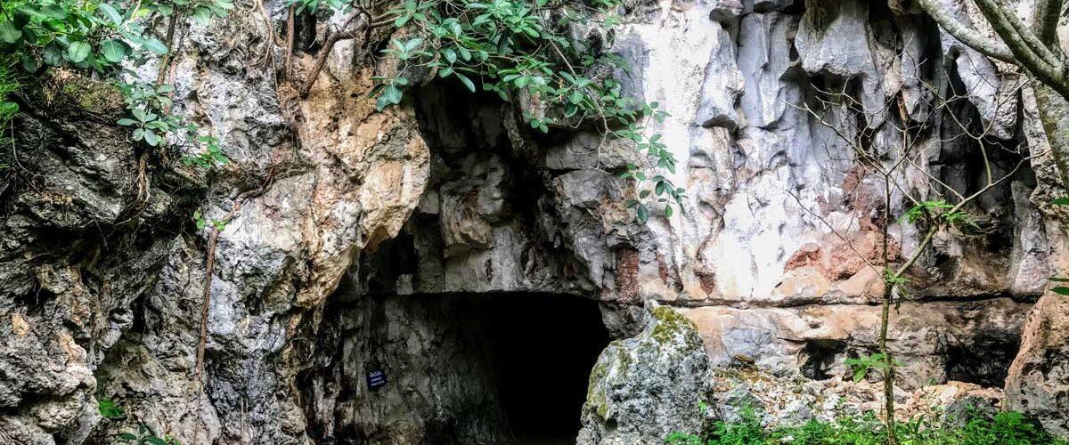 Visiting the Vieng Xai caves in Laos