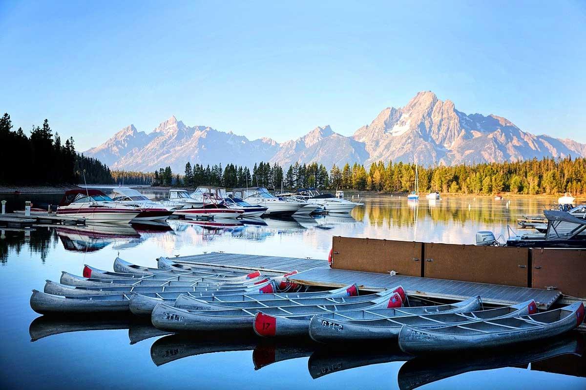 Road Trip Through Wyoming: Exploring the Cowboy State