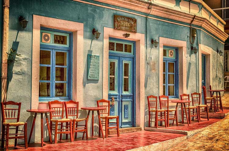 Outdoor cafes in Greence