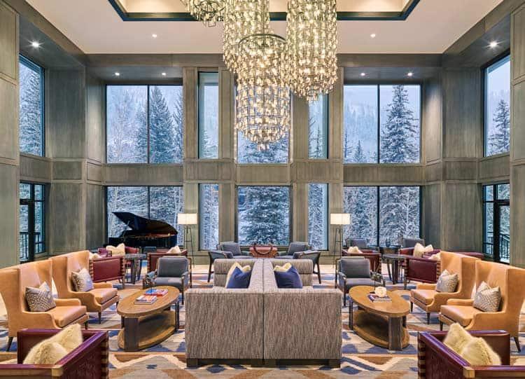 Relax in the Grand Hyatt fireside lounge for drinks, games and ski breaks.